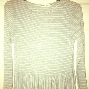 Ginger G. gray Long Sleeve Top Size S Sold as is.
